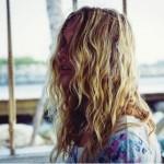 ハイライト入れた髪の毛にパーマをかけるのはやめた方がいいですか?【Q&A】